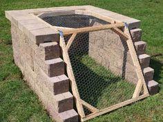 How to Build A Compost Bin. I like the idea of an angled opening. Thinking about constructing the compost bin into a hillside. This is a great long-term compost setup. Garden Compost, Garden Soil, Vegetable Garden, Diy Garden, Garden Projects, Herb Garden, Farm Gardens, Outdoor Gardens, Homemade Compost Bin