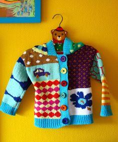 Tässä se on! Takin mitat on otettu Sanna Vatasen Jämälankakirjasta (lapsen takki), kuviot tosiaan improvisoitu Marimekon kuoseista ja tämä ...