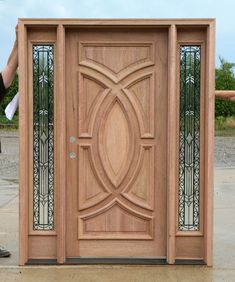 Are you looking for best wooden doors for your home that suits perfectly? Then come and see our new content Wooden Main Door Design Ideas. Wooden Front Door Design, Modern Front Door, Wooden Front Doors, Wood Design, Main Door Design Photos, Single Main Door Designs, Wood Exterior Door, Entry Doors, Wrought Iron