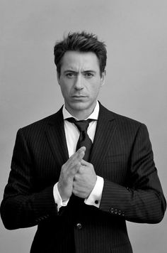 Robert Downey Jr, such a great actor! I loved him in Sherlock Holmes (/a game of shadows) and in Iron man I & II