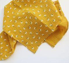 Daisy muslin Floral print design 100% cotton baby | Etsy Muslin Blankets, Muslin Swaddle Blanket, Stroller Cover, Stroller Blanket, Floral Print Design, Floral Prints, Baby Comforter, Baby Girl Blankets, Burp Cloths