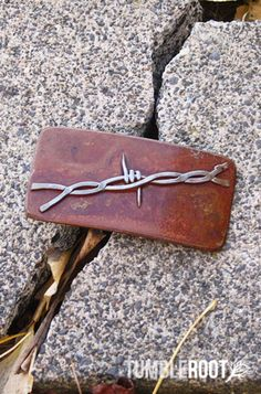 Rustic Barbed Wire Belt Buckle
