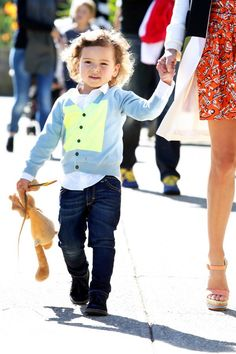 20 Supermodels' Kids Who Hit The Genetic Jackpot Kid Pictures, Orlando Bloom, Off Duty, Genetics, Little Ones, Supermodels, Eye Candy, Sons, Handsome