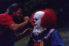 """This will help prove to chy that pennywise is just an actor. She loves this movie but thinks pennywise is in her bathtub. Pennywise getting his makeup done on the set of """"It"""""""