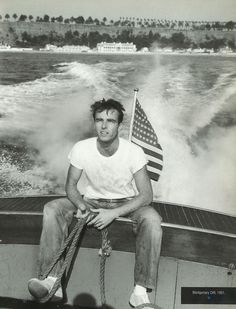 Montgomery Clift He battened for the other team, but he sure was yummy to look at!