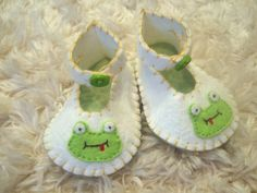 White Felt Baby Booties with Happy Frog Appliques by sweetemmajean, $30.00