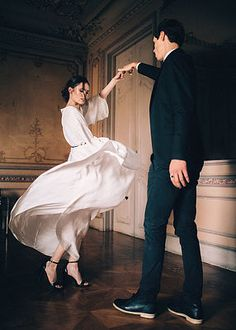 Wedding story of November Photographer Max Rum (Moscow, Russia) , Chic Outfit, Couple Posing, Couple Photos, Reportage Photo, Foto Art, Couple Photography, Romantic Couples Photography, Photography Lighting, Photography Awards