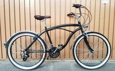 """155 curtidas, 6 comentários - Studio VILA Bicicletas (@studiovila) no Instagram: """"Chegou fim de semana, todos querem diversão. @rustinopaola pegue sua esteira e seu chapéu, a bike…"""""""