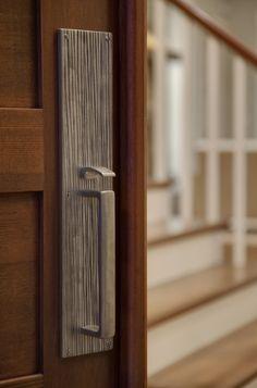Sun Valley - Door Hardware Design Ideas, Pictures, Remodel, and Decor Front Door Hardware, Front Door Handles, Home Hardware, Contemporary Front Doors, Contemporary Decor, Modern Door, Door Design, House Design, Exterior Design