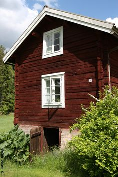 nordingården Red Houses, Little Houses, Swedish Cottage, Sweden House, Wooden Buildings, House In Nature, Happy House, Tiny House Movement, Swedish Design
