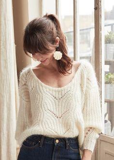 Crochet braid styles 511791945148379256 - Sézane Source by lucie_plinet Boho Fashion, Vintage Fashion, Womens Fashion, Look Rose, Look Retro, Mode Boho, Knitwear Fashion, French Chic, Winter Looks