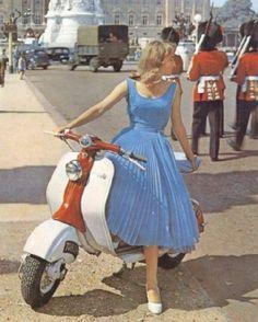 Vintage Lambretta in Buckingham Palace