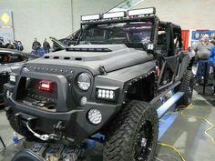 Custom Jeep by zombieite, via sport cars vs lamborghini sports cars cars cars Cool Jeeps, Cool Trucks, Big Trucks, Cool Cars, Jeep Jk, Jeep Truck, Car Best, E90 Bmw, Automobile