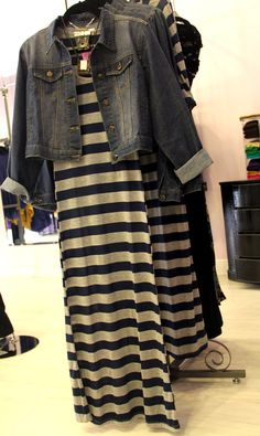 Maxi dresses and denim jackets for Fall!!!
