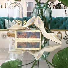 Come down for #firstfriday fun tonight and meet your perfect new @butter.shoes heel. Her name is Dollie. She's lovely perfection.  #betsykingshoes #paseoartsdistrict #thatsdarling #shoplocal #madeinitaly