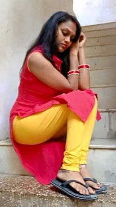 Beautiful Girl Photo, Beautiful Girl Indian, Desi Girl Selfie, 10 Most Beautiful Women, Neon Dresses, Dehati Girl Photo, Indian Girl Bikini, Most Beautiful Bollywood Actress, Indian Girls Images