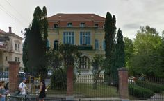 Adresa: Republicii nr 25 Places To Visit, Mansions, House Styles, Home, Urban, Manor Houses, Villas, Ad Home, Mansion