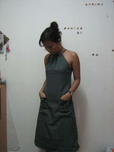Cute halter dress with drawstring neck and front pockets Need 2 meters of fabric (and to translate that to yards)