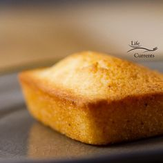 Financiers (French Almond Cakes) are traditional small pastries with a light moi. - Financiers (French Almond Cakes) are traditional small pastries with a light moist sponge cake text - Financier Cake, Financier Recipe, Tea Cakes, Mini Cakes, French Almond Cake Recipe, Pastry Recipes, Cake Recipes, Macarons, Almond Pastry