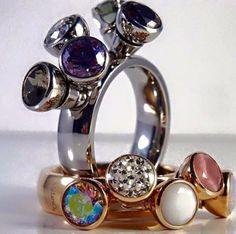 MelanO Twisted Tess ring! Er kunnen 5 verwisselbare zettingen op gedraaid worden. Beauty! #melano #ring #BonIbunita #Einighausen