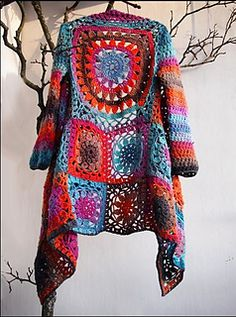 Puroilo2_small2, phototutorial http://www.ravelry.com/patterns/library/puro-ilo--takki. Almost the same as her grey short jacket.