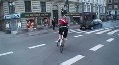 Une façon de faire du vélo bien à eux ...    http://www.trendy-magazine.com/buzz/line-of-sight-official-trailer/#