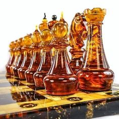 Schöne Schachspiele - Strategy Board Games like Chess - Game Chess Set Unique, Kings Game, Chess Players, Chess Pieces, Wood Turning, Oeuvre D'art, Board Games, 3d Printing, Chess Sets