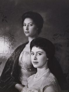 size: Photographic Print: Portrait of the Late Princess Margaret, Countess of Snowdon, 21 August 1930 - 9 February 2002 by Cecil Beaton : Artists Queen Mother, Queen Mary, Queen Elizabeth Ii, Queen Elizabeths Sister, Prinz Philip, Margaret Rose, Adele, Elisabeth Ii, Cecil Beaton