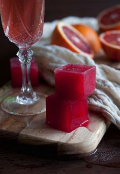 Make this mimosa using blood orange ice cubes and champagne.