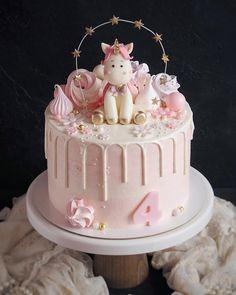 Baby Girl Birthday Cake, Special Birthday Cakes, Elegant Birthday Cakes, Baby Girl Cakes, Beautiful Birthday Cakes, Cake Designs For Kids, Smash Cake Girl, Drip Cakes, Cupcake Cakes