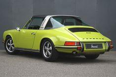 Porsche 911 2.4 S Targa