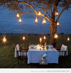 Decoración de boda en jardín y exterior, iluminación noche