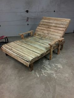outdoor chaise lounge made from pallet wood pallet wood chaise