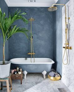 Beautiful bathroom from . Tadelakt wall and marble flooring. Have a nice Saturday evening. Cosy Bathroom, Bathroom Inspo, Small Bathroom, Scandinavian Style, Scandinavian Bathroom, Decor Inspiration, Bathroom Inspiration, Bathroom Interior Design, Home Interior