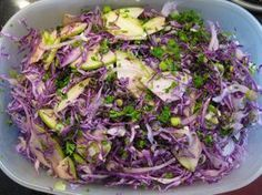 """Receta de Ensalada de Repollo Morado: Qué tal si impresionas con esta irresistible ensalada? Cuando la prueban las personas me dicen """"no como repollo morado"""""""
