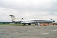 https://flic.kr/p/N6ZZ67 | RA-85284 Tupolev TU-154B-1 Permskiye Avialinii | c/n 78A284. At Perm Bolshoye Savino Airport, Russia. Ex-Aeroflot colours-no titles. Withdrawn from use there by 2006 and scrapped around 2014.