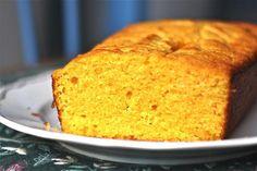 Aprenda a preparar pão de milho caseiro (sem glúten) com esta excelente e fácil receita. No TudoReceitas.com apresentamos-lhe esta receita de pão sem farinha de...
