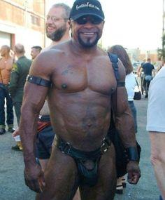 Muscle Cumshoot Gay 43