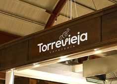 Torrevieja: diseño de logotipo para una cafetería ubicada dentro de una estación de tren que acaba de ser rehabilitada. // Logo design for Torrevieja, a cafeteria located in a reformed train station.