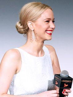Jennifer Lawrence   ..rh