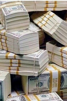 Don't get frightened by huge sums of money Nobody successful today ever bought his/her success but only obtained it by continuous hard work and investment. Dm me today to start investing and making profit within a trading period of Make Money Fast, Make Money From Home, Make Money Online, Money Today, Money Stacks, Gold Money, Startup, Bitcoin Cryptocurrency, Bitcoin Price