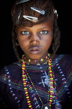Wodaabe girl, in the desertified regions of Niger on the margins of the Sahara