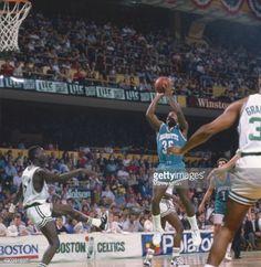 Fotografia de notícias : Charlotte Hornets Sidney Lowe in action, shot vs...