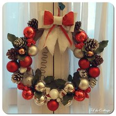 Couronne de l'Avent Ornament Wreath, Ornaments, Decoration, Wreaths, Home Decor, Advent Wreaths, Decor, Decoration Home, Door Wreaths