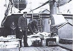 Résultat d'images pour Morgue Photos of Titanic Victims