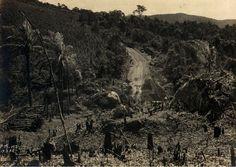 19-03-1928 - Estrada da Parada (atual avenida Deputado Cantídio Sampaio) na Freguesia do Ó. Corte de morro para ampliação da via original.