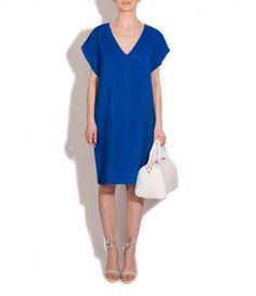 Vestido crispy seda de Marlota, bolso de Marga Prado y zapatos de Serena Whitehaven