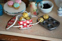 Handmade Dollhouse Miniature 'vintage enamelware' | Flickr - Photo Sharing!