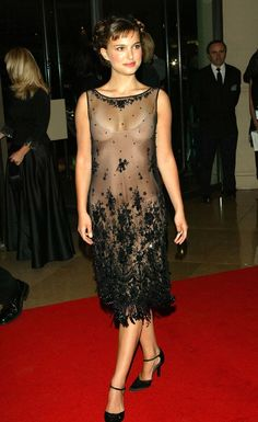 Natalie Portman Nude – Page 2 – Hot Nude Celebrities Sexy Naked Pics Natalie Portman Hot, Jane Foster, Nathalie Portman, Actrices Hollywood, Tea Length Dresses, Keira Knightley, Hollywood Celebrities, Beautiful Celebrities, Pretty Woman