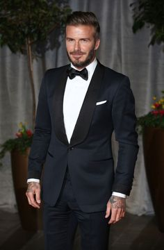 David Beckham Wears Tom Ford Tuxedo at 2015 BAFTAs